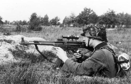 Stg-44 - loại súng uy lực từng bị Hitler hắt hủi 2