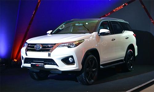 Toyota Fortuner 2016 TRD Sportivo giá từ 4
