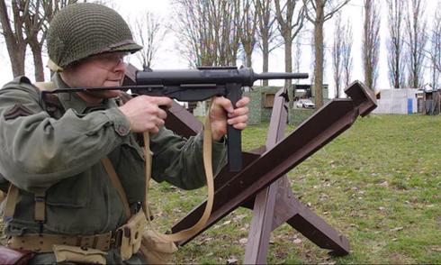 Tiểu liên M3 - khẩu súng 'dùng xong vứt luôn' được lính Mỹ mê tít