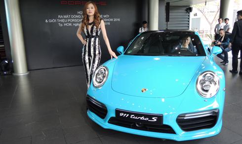 Porsche 911 đời 2016 có giá từ 6,7 tỷ đồng tại Việt Nam