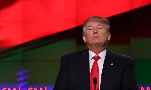Thắng liên tiếp ba bang, Donald Trump vượt qua rào công kích 1