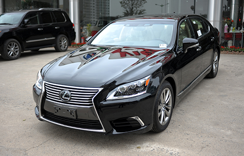 lexus-ls460l-doi-2016-co-mat-tai-viet-nam