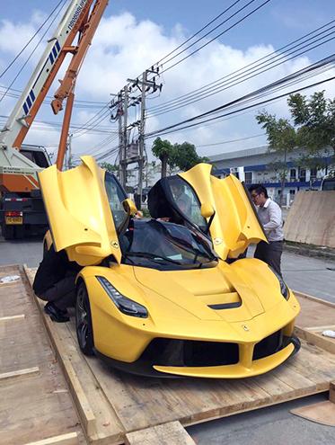 """""""Siêu ngựa"""" LaFerrari đầu tiên đến Thái Lan 2"""