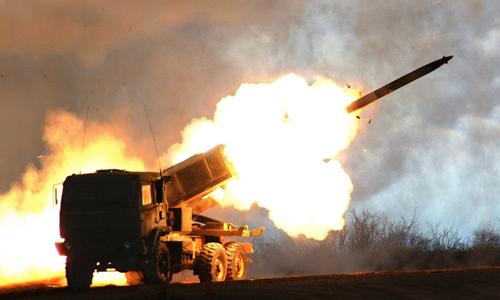 Pháo phản lực Mỹ bắn xuyên biên giới diệt IS 2