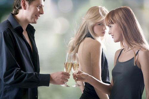 Phân biệt 'envy' và 'jealous'