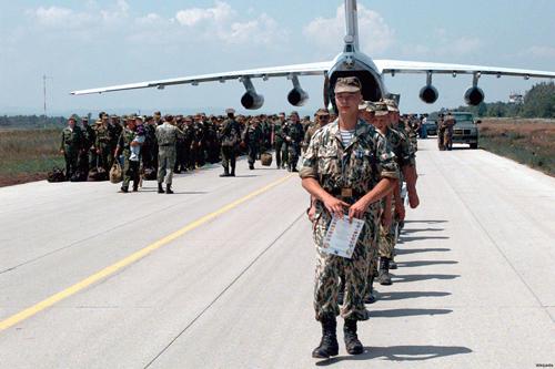 """Putin """"rút củi đáy nồi"""", rót hy vọng cho chảo lửa Syria 1"""