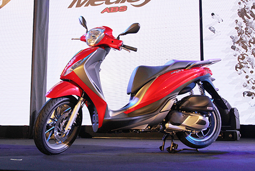IMG 0498a 9134 1458185494 Piaggio Medley giá 71,5 triệu cạnh tranh SH 125i tại Việt Nam