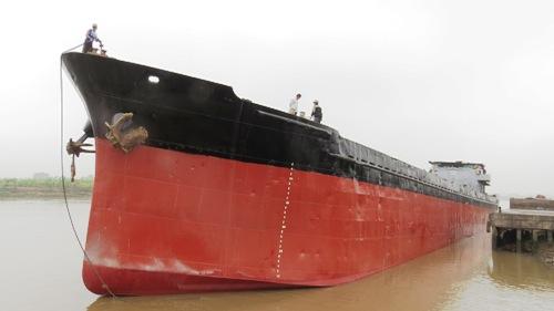 Tàu nghìn tấn được giải phóng 1