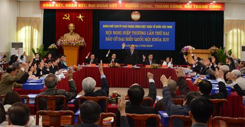 19 ủy viên Bộ Chính trị đều ứng cử vào Quốc hội 1