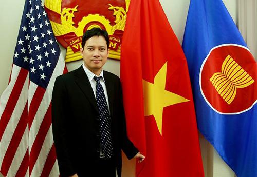 http://img.f29.vnecdn.net/2016/03/18/Le-Quang-Tu-Do-2-3479-1458274496.jpg