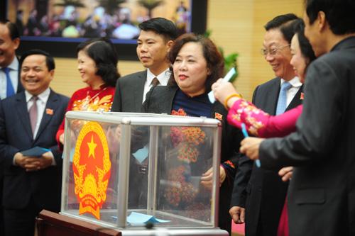 Hà Nội có 3 phó chủ tịch mới 1