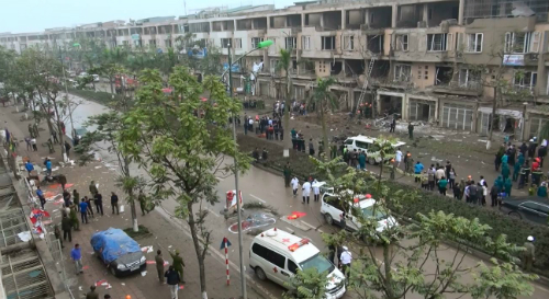 Nổ lớn ở Hà Đông, 4 người chết 5