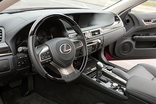 Lexus GS350 mới - cảm xúc khác lạ cho đại gia Việt Nam 3