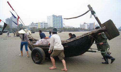 Thanh Hóa để lại ba bến thuyền sau vụ dân vây trụ sở ủy ban 2