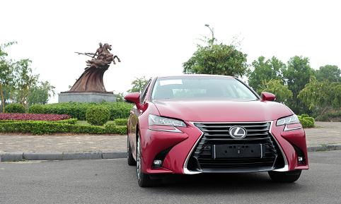 Lexus GS350 mới - cảm xúc khác lạ cho đại gia Việt Nam