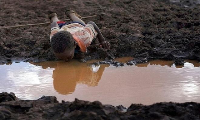 Những bức hình ám ảnh về thực trạng khan hiếm nước