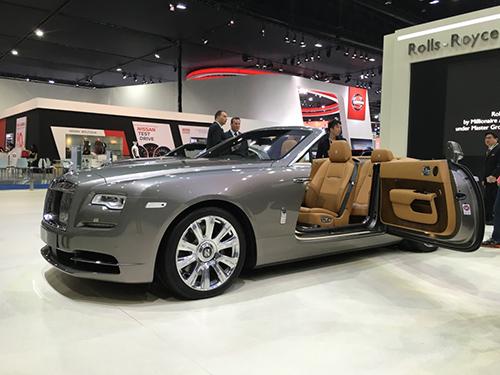 Dawn 3 4786 1458710732 Chiếc mui mềm siêu sang mới trình làng tại Bangkok Motor Show   Rolls Royce Dawn
