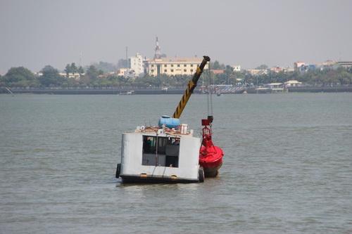 Tàu thủy dưới 400 tấn được phép qua cầu Ghềnh 2