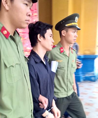 Hà Nội: Giám đốc trẻ giả đặt bom khủng bố để quảng cáo sản phẩm