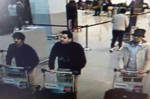 Loại bom mang về từ hiệu thuốc gieo rắc kinh hoàng ở Brussels 3