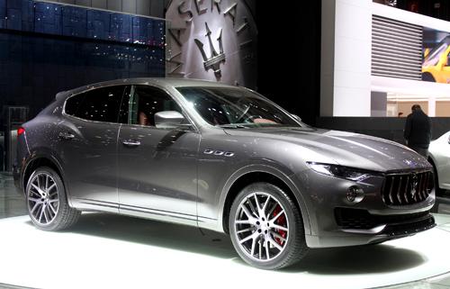 Maserati Levante - đối thủ Porsche Cayenne giá 72.000 USD 1