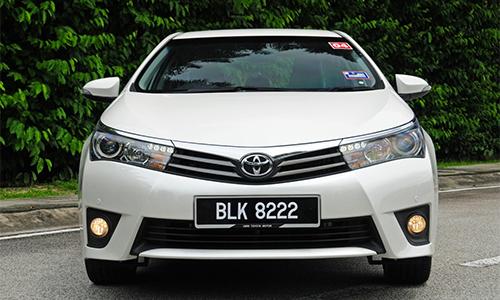 Bo qua tang khi mua xe Toyota Giai Phong Ha Dong Thang Long