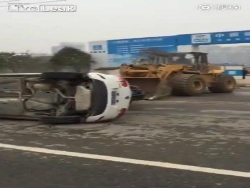 Trả giá đắt khi đỗ xe bừa bãi tại Trung Quốc 1