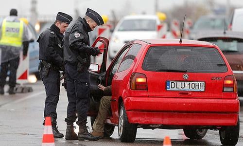 Khủng bố Bỉ thổi bùng tranh cãi về hiệp định tự do đi lại của EU 1