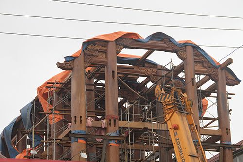 Đại gia Hà Tĩnh dựng nhà gỗ 30 tỷ đồng 2
