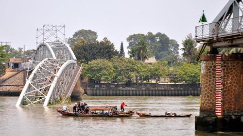 Cầu Ghềnh sẽ được tháo bỏ vào ngày mai 2