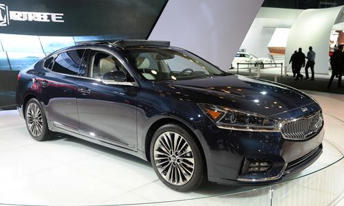 Kia K7 đời 2017 - đối thủ Toyota Avalon tại Mỹ 1