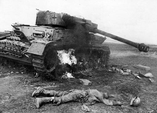 Trận đại chiến xe tăng lớn nhất mọi thời đại 3