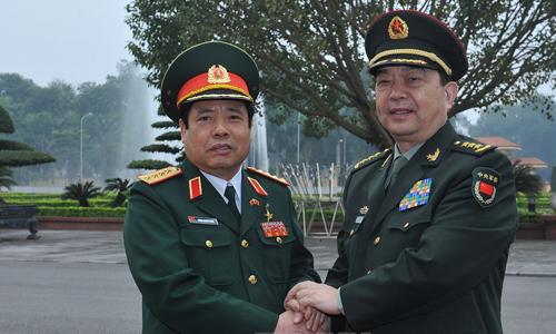 bo-truong-quoc-phong-trung-quoc-tham-viet-nam-ban-ve-bien-dong
