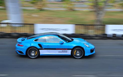 'Bữa tiệc tốc độ' của Porsche ở Việt Nam
