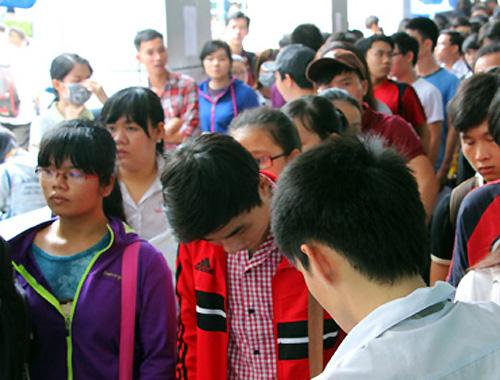 TP HCM phát hành hồ sơ dự thi THPT quốc gia từ 31/3