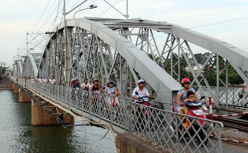 Đồng Nai xin đưa phần cầu Ghềnh chưa sập vào bảo tàng 1
