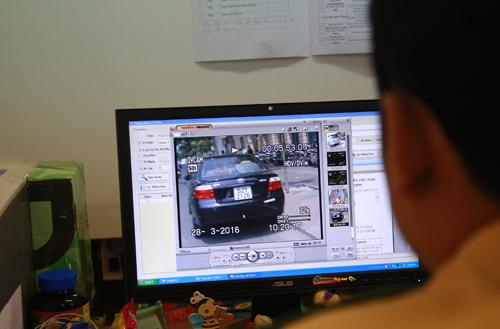"""Cảnh sát giao thông siết """"phạt nguội"""" ôtô ở trung tâm Sài Gòn 3"""