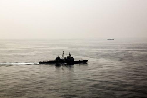 Cuộc vờn đuổi giữa chiến hạm Mỹ và Trung Quốc trên Biển Đông 1