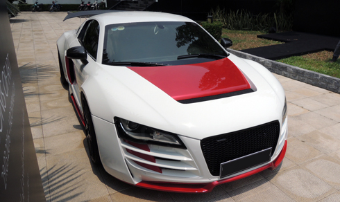 Xế độ Audi R8 lạ mắt của đại gia Sài Gòn 1