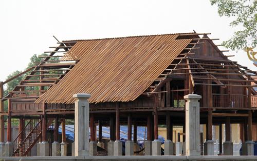 Nhà thờ tổ của Hoài Linh sẽ bị tháo dỡ một hạng mục 1