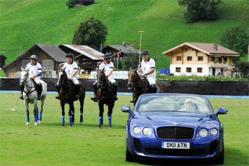 Mua xe Bentley trải nghiệm môn thể thao hoàng gia 1