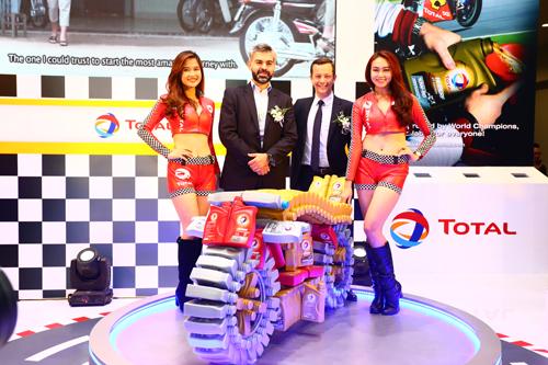 Total giới thiệu dầu nhớt cao cấp Hi-Perf ở Việt Nam 1
