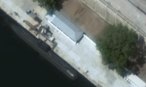 Tàu ngầm lớp Sinpo của Triều Tiên trong một bức ảnh chụp từ vệ tinh năm 2015. Ảnh: GoogleEarth