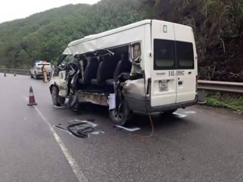 Hai xe va chạm, một du khách tử vong 1