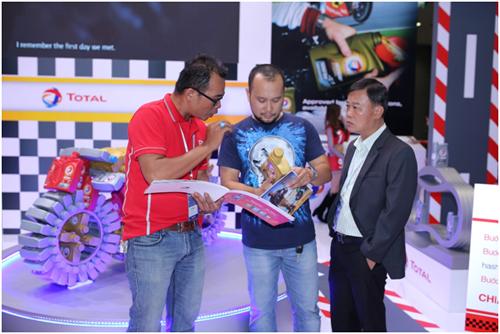 Total giới thiệu dầu nhớt cao cấp Hi-Perf ở Việt Nam 3