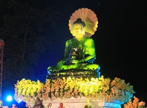 Tượng Phật ngọc lớn nhất thế giới về Hải Phòng 1
