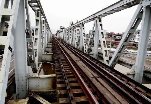 Cầu quay xe lửa độc đáo nhất Việt Nam 2