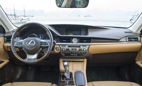 Lexus ES350 2016 - lột xác đáng kể cho khách hàng Việt 3