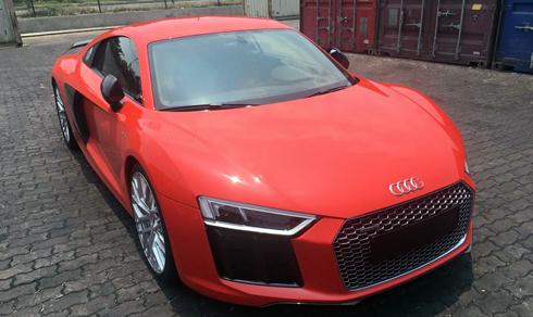 Siêu xe Audi R8 V10 Plus 2016 đầu tiên tại Việt Nam 1
