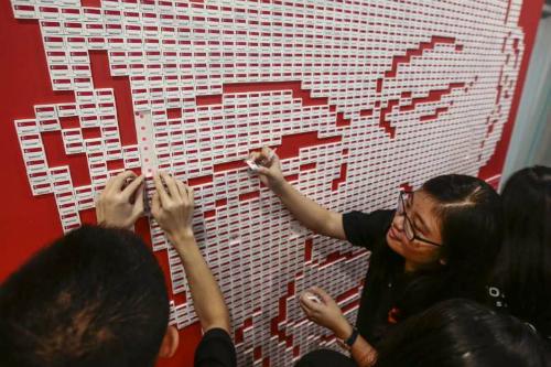 """Tranh cãi về """"chính trị triều đại"""" giữa anh em thủ tướng Singapore 3"""